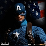 One:12 Collective:<BR>Captain America<BR>(1:12 Scale)