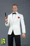 Royal Agent Suit & Head Sculpt Set (White)<BR>PRE-ORDER: ETA Q3 2019