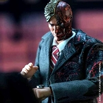 Harvey Dent/Two Face  (1:12 Scale)