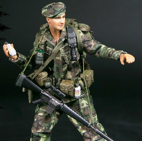 Marine Force Recon (Vietnam)<BR>(1:12 Scale Pocket Elite)