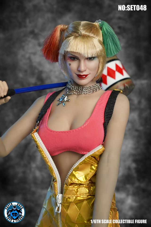 The Clown Suspender Pants Outfit & Sculpt Set<BR>PRE-ORDER: ETA Q2 2020