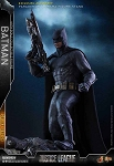 Justice League: Batman<BR>(Deluxe Edition)<BR>PRE-ORDER: ETA Dec. 2018
