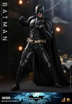 The Dark Knight Rises: Batman<BR>PRE-ORDER: ETA Q2 2022