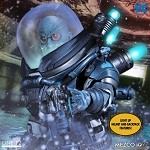 One:12 Collective -Mr. Freeze (1:12 Scale) <BR>PRE-ORDER: ETA Dec. 2020