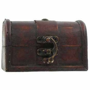 Wooden Trunk (Medium, Brown)