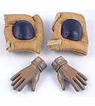 Bendy Nomex Gloved Hands & Tan Kneepads<BR>